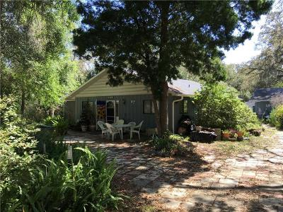Lady Lake Single Family Home For Sale: 39824 Magnolia Street