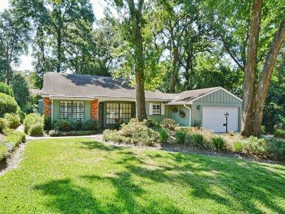 Mount Dora Single Family Home For Sale: 2227 Dogwood Circle