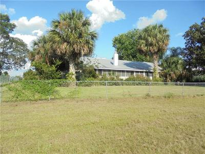 Umatilla Single Family Home For Sale: 37948 Jim Daugherty Road