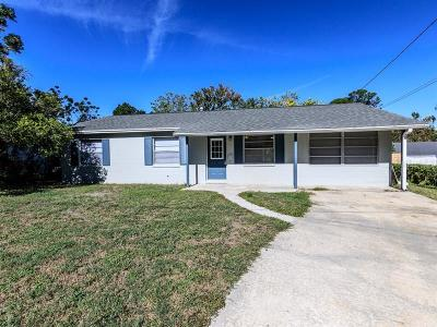 Mount Dora Single Family Home For Sale: 980 Pearl Drive