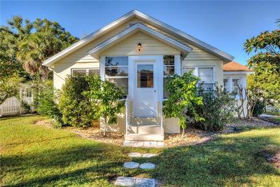 Mount Dora Single Family Home For Sale: 979 N Baker Street