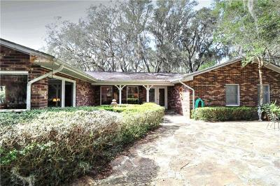 Lady Lake Single Family Home For Sale: 40851 Gator Lake Road