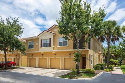 Kissimmee Townhouse For Sale: 7505 Bliss Way