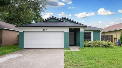 Apopka Single Family Home For Sale: 1709 Sunset View Circle