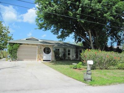 Hernando County, Hillsborough County, Pasco County, Pinellas County Single Family Home For Sale: 13423 Starfish Drive