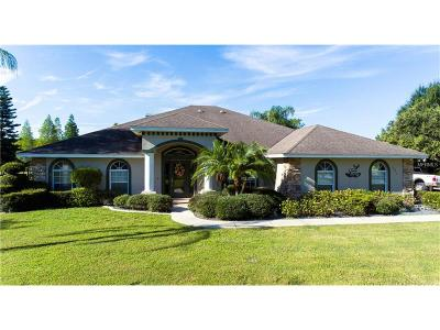 Winter Haven Single Family Home For Sale: 1871 Beth Lane