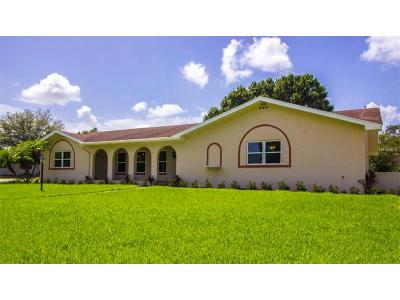 Winter Haven Single Family Home For Sale: 6776 Winterset Gardens Drive
