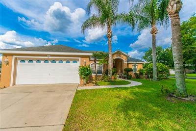 Auburndale Single Family Home For Sale: 111 Costa Loop