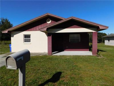 Lakeland FL Single Family Home For Sale: $155,900