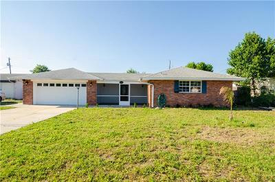 Winter Haven Single Family Home For Sale: 2013 Marilyn Avenue