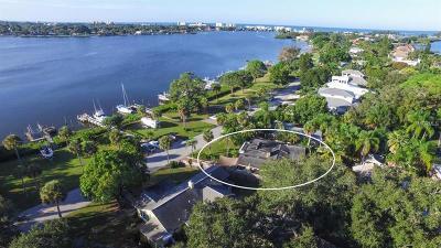 Single Family Home For Sale: 108 Sunrise Drive