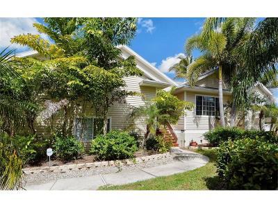 Nokomis Single Family Home For Sale: 379 Dolphin Shores Circle