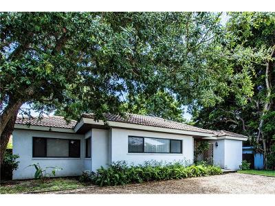 Venice Single Family Home For Sale: 803 Higel Drive