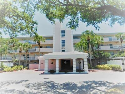 Venice Condo For Sale: 914 Wexford Boulevard #914