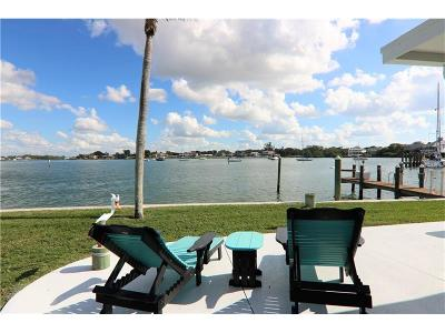 Venice Villa For Sale: 881 White Cap Circle #32