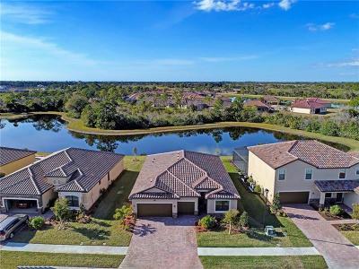 Venice Single Family Home For Sale: 20770 Granlago Drive