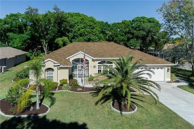 Venice Single Family Home For Sale: 422 Lake Of The Woods Drive