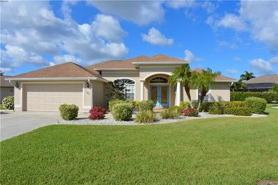 Venice Single Family Home For Sale: 121 Wading Bird Drive