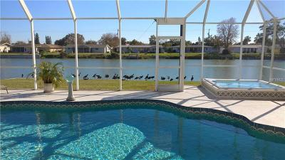 Venice Single Family Home For Sale: 536 S Neponsit Drive