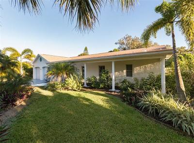 Venice Single Family Home For Sale: 603 Laguna Drive