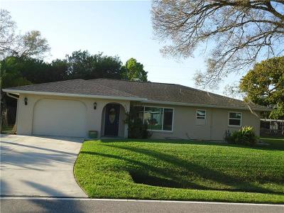 Venice Single Family Home For Sale: 824 W Baffin Drive