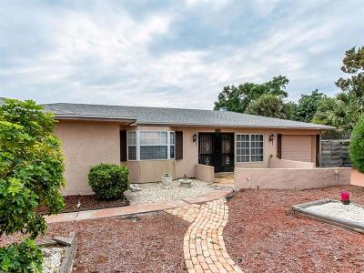 Venice Single Family Home For Sale: 313 Gulf Drive