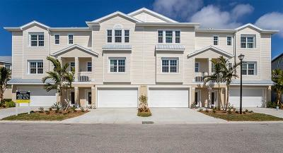 Placida Townhouse For Sale: 10421 Coral Landings Court #110