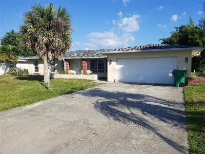 Rotonda West Single Family Home For Sale: 54 Golfview Road