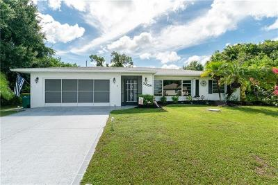 Port Charlotte Single Family Home For Sale: 3058 Beacon Drive