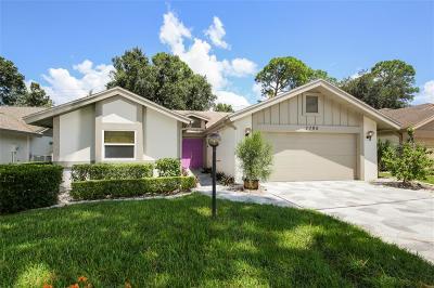 Sarasota Condo For Sale: 7795 Pine Trace Drive #21