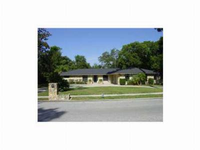 Longwood FL Single Family Home For Sale: $325,000