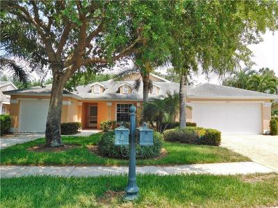 Naples Single Family Home For Sale: 14999 Sterling Oaks Drive