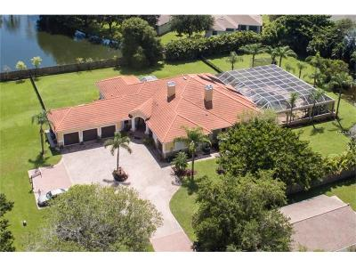 Sarasota Single Family Home For Sale: 5013 Fielding Lane