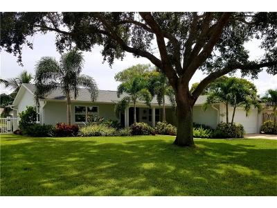 St Petersburg FL Single Family Home For Sale: $547,500