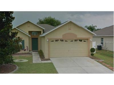 Eustis Single Family Home For Sale: 858 Vanderbilt Drive