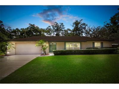 Longwood Single Family Home For Sale: 106 Cedar Oak Trail