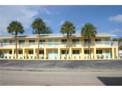 bradenton beach Condo For Sale: 2312 Avenue C #2