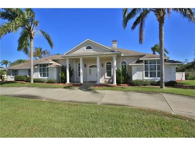 New Smyrna Beach Single Family Home For Sale: 274 Club House Boulevard