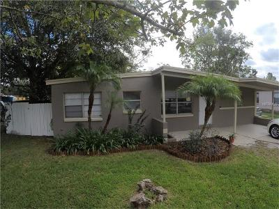 Sanford Single Family Home For Sale: 117 Country Club Drive