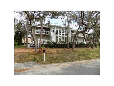 Crystal Beach Single Family Home For Sale: 700 Seaview Drive