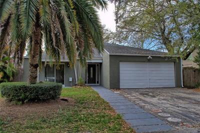 Winter Springs Single Family Home For Sale: 210 S Moss Road