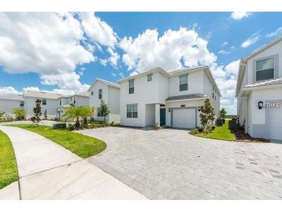 Kissimmee Single Family Home For Sale: 4835 Kings Castle Circle