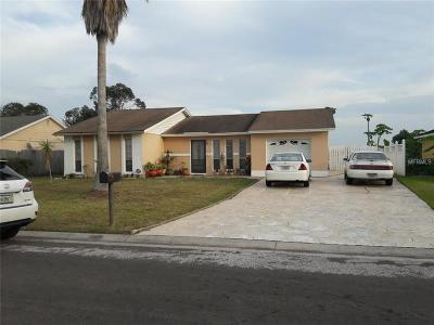 Kissimmee Single Family Home For Sale: 875 Aspenwood Circle