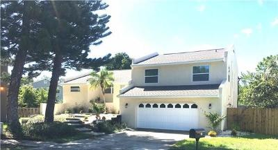 Palm Harbor Single Family Home For Sale: 416 Flamingo Circle