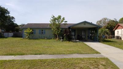 Sarasota Single Family Home For Sale: 3011 Clay Circle