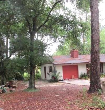 Umatilla Single Family Home For Sale: 37311 Beach Drive