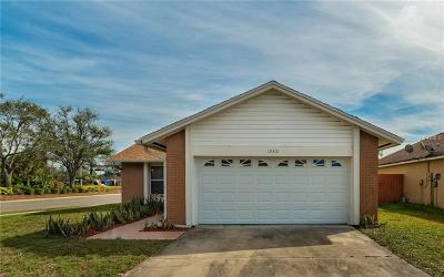 Orlando FL Single Family Home For Sale: $259,900