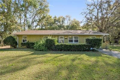 Mount Dora Single Family Home For Sale: 3913 Holly Court