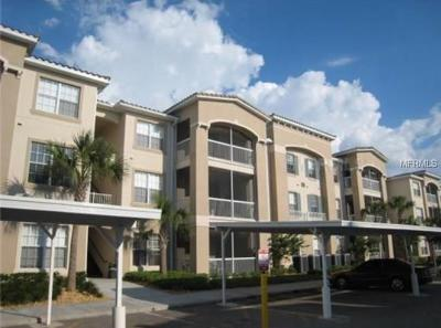 Kissimmee Condo For Sale: 3001 Laurel Park Lane #105