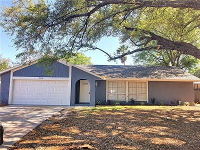 Winter Springs Single Family Home For Sale: 704 Sunbury Court